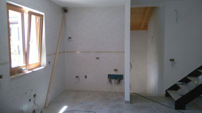 Posa piastrelle bicottura a telve artigiano casa tua for Casa tua arredamenti rovereto